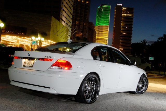 BMW 745i AT NIGHT